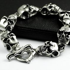 Cool and Stylish Types of Unisex Bracelets