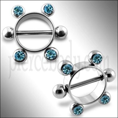 nipple- piercing
