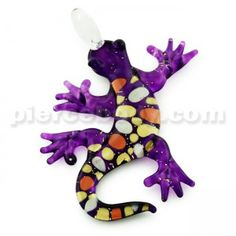 Fuschia Pebble Gecko Glass Pendant