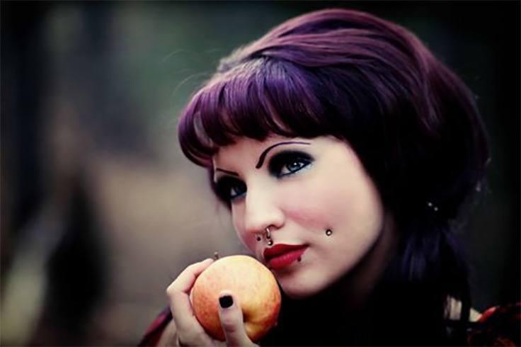 dimple-piercing