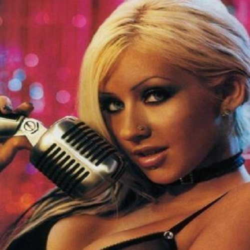 Nose-Piercing-–-Which-Side-Procedure-Celebrities-and-Pictures-Christina-Aguilera