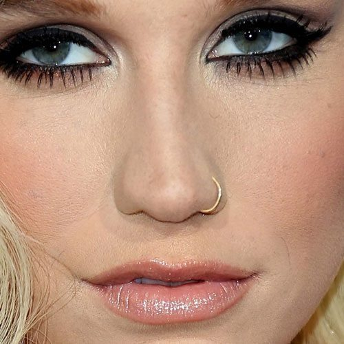 kesha-nose-ring