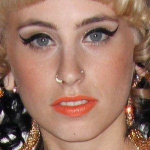 kreayshawn-stud-ring-nose-piercing-500x500
