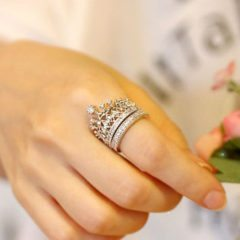 Wear Elegant And Vibrant Finger Rings To Get An Exceptional Look