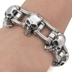 11 Glossy Stainless Steel Bracelet To Make A Fashion Statement